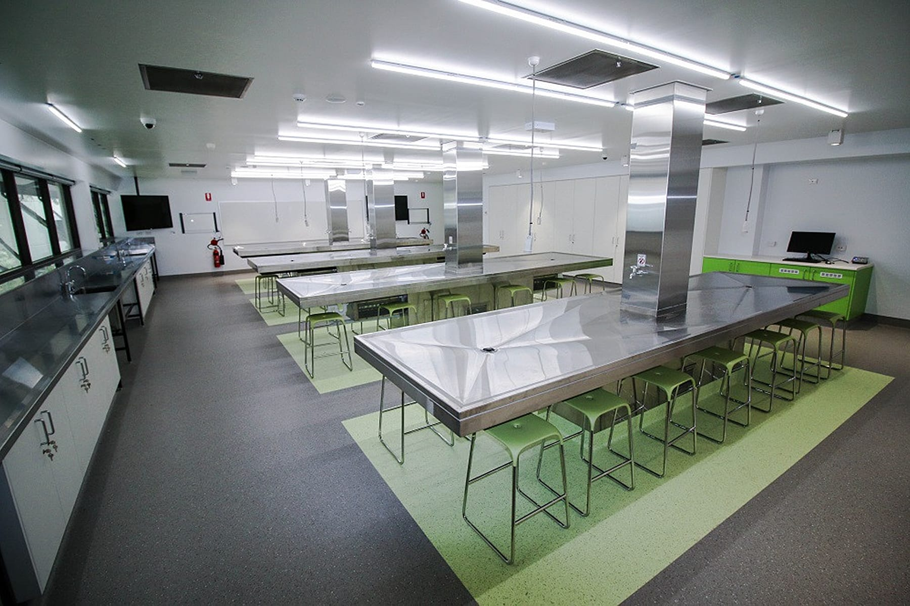 Create It Constructions. Griffith University Anatomy Laboratory – Medical fitout. Health Fitout. Trainging Fitout. Education Fitout. Nathan - Brisbane.